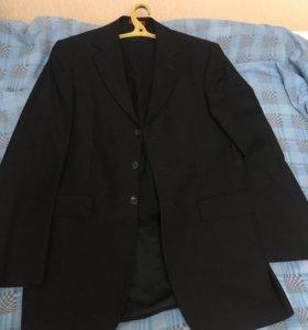 Шикарный чёрный костюм
