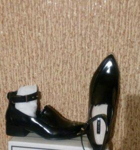 Туфли- ботики 40р.