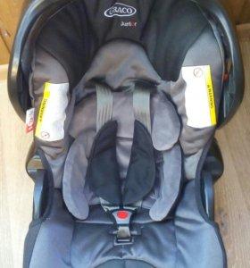 Автокресло Graco Junior Baby (0-13kg