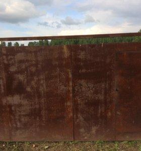 Ворота металлические распашные с калиткой