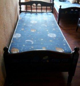 Кровать,чистое дерево односпальня 2 штуки
