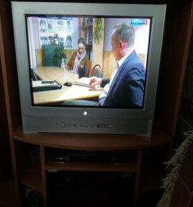 Телевизор LG + тумба-подставка.