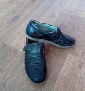 Подростковые туфли р.38-39