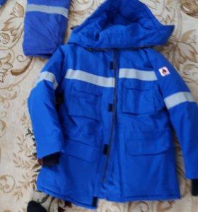 Куртка штаны зимние кроссовки