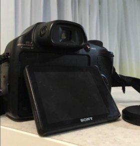 Системный фотоаппарат Sony Cyber shot