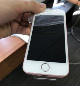 iPhone SE 32GB Rose Gold [Отличный]