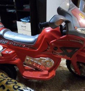 Трёх колёсных детский мотоцикл