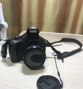 Компактный фотоаппарат Canon PowerShot SX30 IS