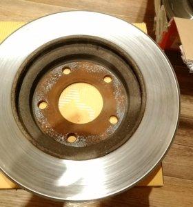 Суппорта, скобы, т.диски на лансер 10 передние