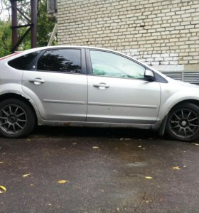 Новые колеса на Ford R16
