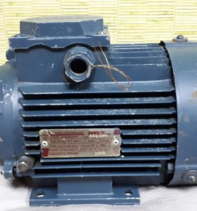 Электродвигатель асинхронный.
