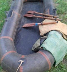 Лодка резиновая (для рыбалки и охоты)