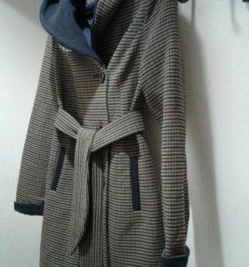 Пальто осень-весна, б/у, размер 44