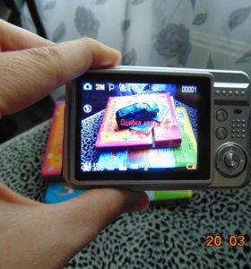 Продам срочно Фотокамеру DEXP DC5100