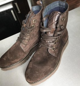 Новые замшевые ботинки Tommy Hilfiger