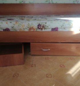 Двух- яросная кровать