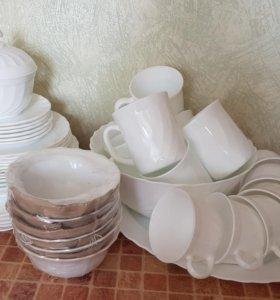 Набор белой столовой посуды. Срочно!