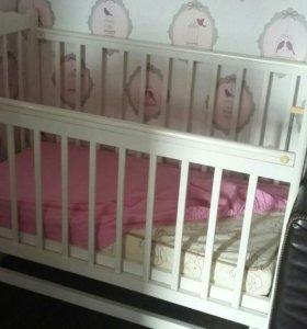 """Детская кроватка""""Наша мама"""" с маятниковым механиз"""
