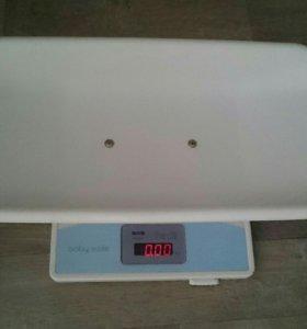 Весы для новорождённых.