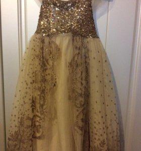 Нарядное платье от бренда Acoola