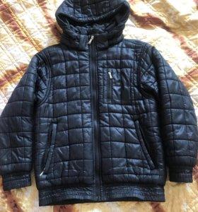 Куртка фирмы Nike для мальчика