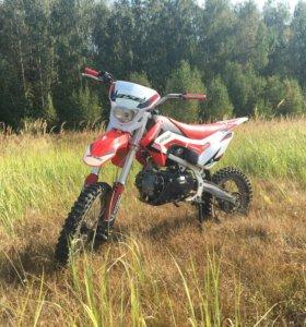 BSE Moto 125