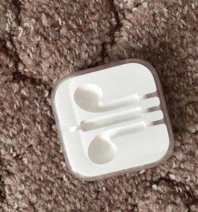 чехол-контейнер для наушников Apple