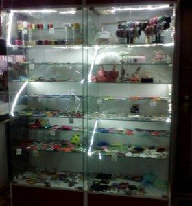 Шкаф стекляный