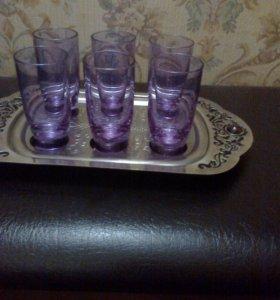 Поднос со стаканчиками