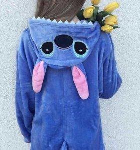 Кигуруми, пижамы.