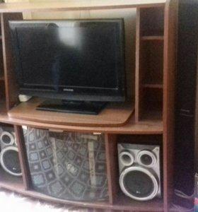 Тумба под телевизор и аудио аппаратура