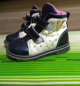 Обувь на девочку одним пакетом