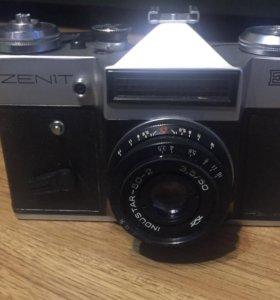 Фотоаппарат Зенит е