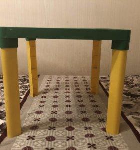 Детский стол 50х50, высота 47