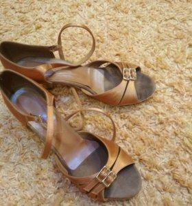 Туфли для танцев бальные