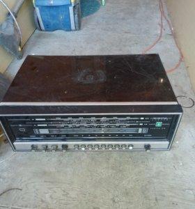 Радиоприемник ссср, с пластинками