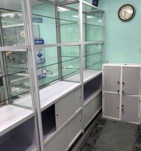Торговое оборудование, пристенные Шкафы и витрины