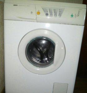 Машинка стиральная автомат