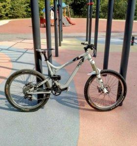 Горный велосипед Commencal Meta AM 2013