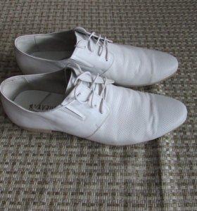 Летние белые туфли,кожа, б\у два вечера