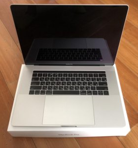 Apple MacBook Pro 15 Mid 2017 i7 2900 16GB 512GB