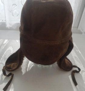 Мужская шапка из натуральной овчины.