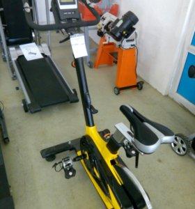 Велотренажер DFC V10