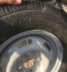 Продам новое колесо r13 Кама 205