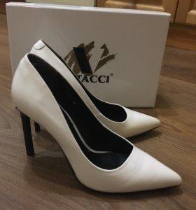 Туфли новые, Vitacci