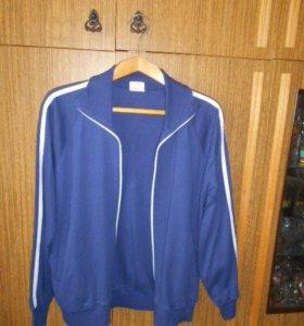 Спортивная куртка новая