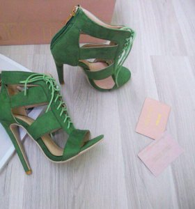 Новые, классные туфли!