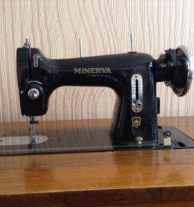 Швейная машина MINERVA (Чехословакия)