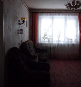 Квартира, 5 и более комнат, 60 м²