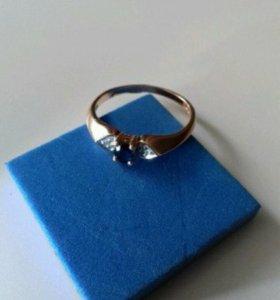 Кольцо золотое сапфир бриллианты